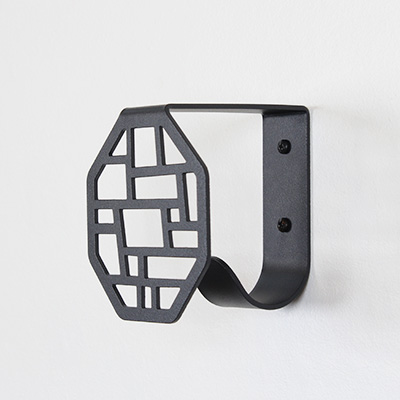 Hung wall hook with square pattern