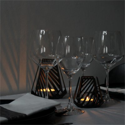 Shadow effects with candleholders – LYSESTAGEN from BY DYB in the pattern Line to the table setting