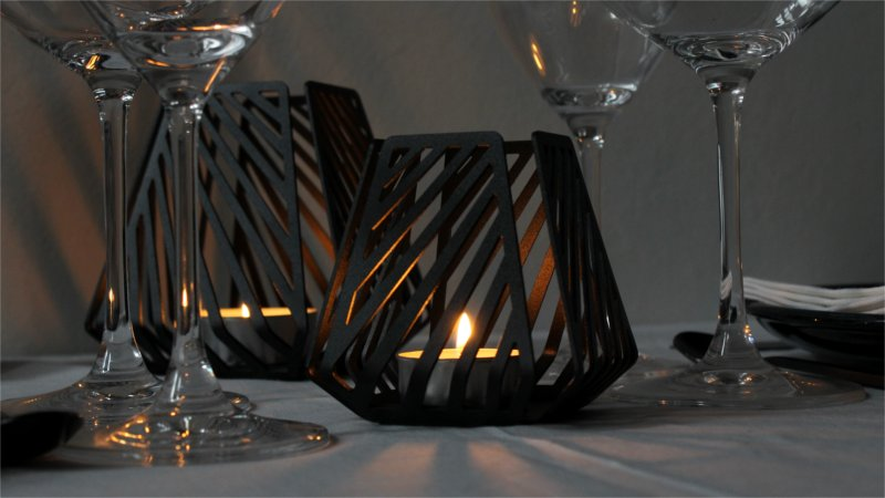 Shadow effects with candleholders – LYSESTAGEN from BY DYB in the pattern Line to the table setting, close-up