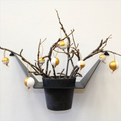 Christmas styling of your plant hanger from BY DYB – Wood: 5. The finished result