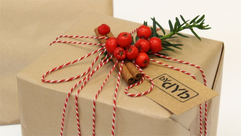 Inspiration for Christmas wrapping form BY DYB with a traditional theme, close-up