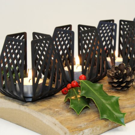 Details of Nordic inspired advent wreath with four LYSESTAGEN Small Line from BY DYB