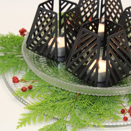 Details of traditional inspired advent wreath with four LYSESTAGEN Small Line from BY DYB